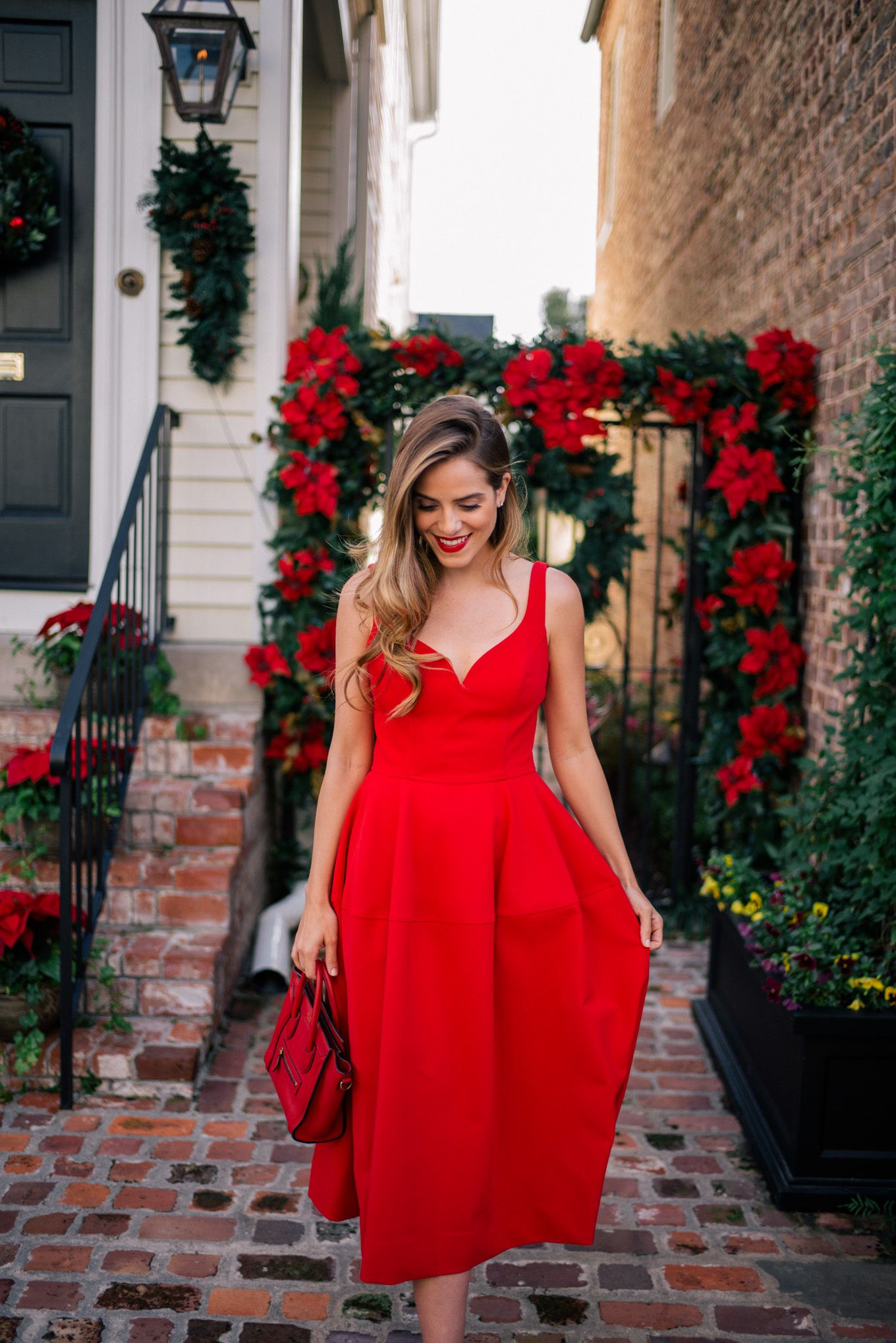 27++ Red dress wedding guest outfit ideas