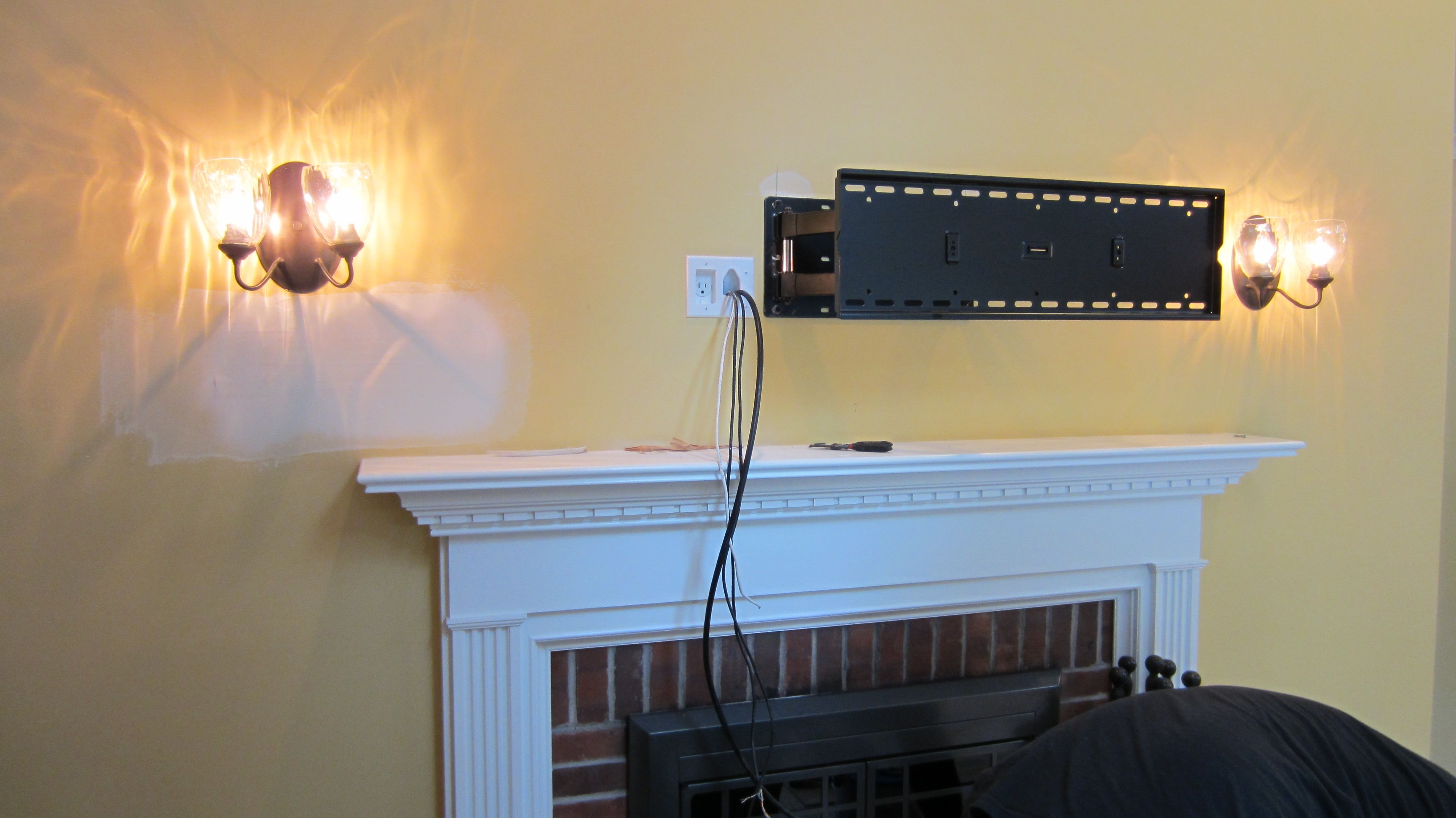 Wall Mount Kit To Hide Wires