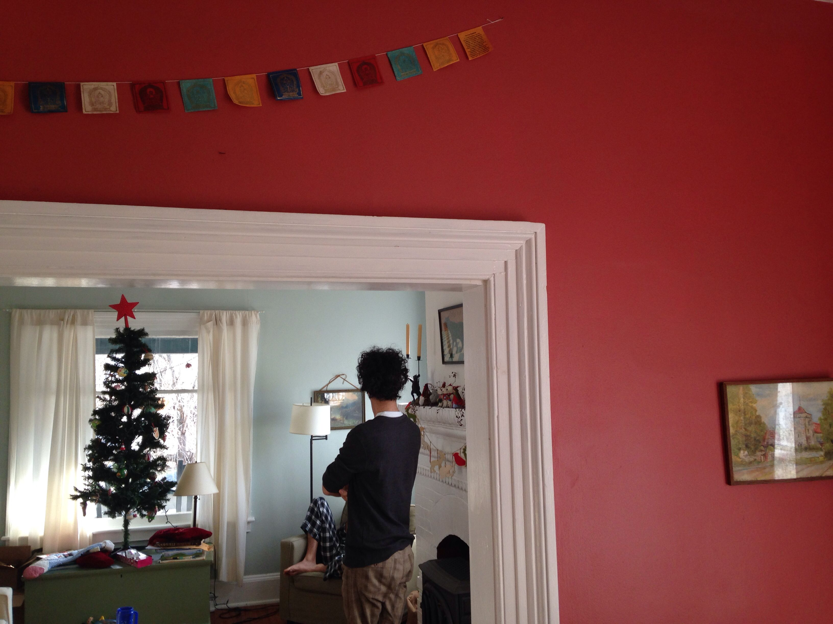 Red dining room walls seem to fit the season