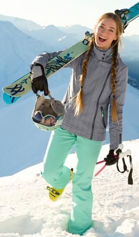 Pin By Zhu Hans On Favorite Snowboarding Outfit Skiing Outfit Fashion