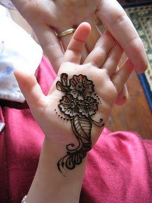 Pakistan cricket player simple arabic henna designs also by rh pinterest