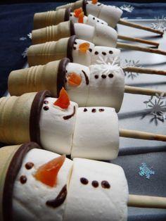 Snowman marshmallow pops                                                                                                                                                                                 Mehr #marshmallows