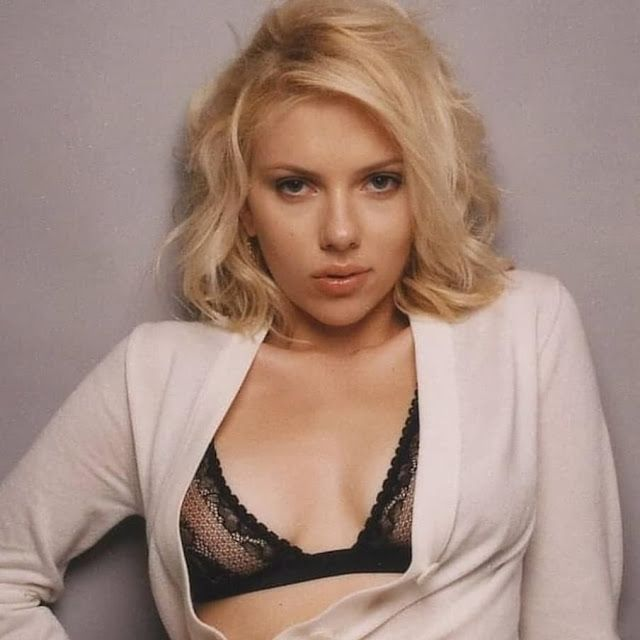 Free download celebrity wallpapers and videos Scarlett