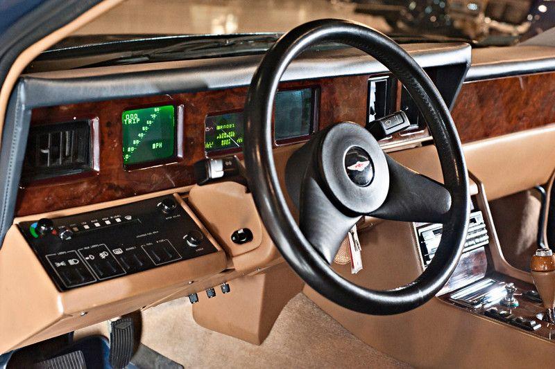 1985 Aston Martin Lagonda Interior カーインテリア コックピット 自動車