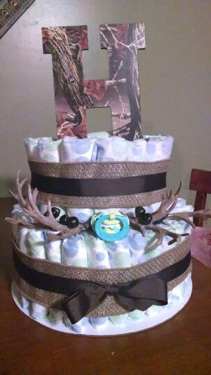 Hunting Themed Diaper Cake With Images Baby Shower Camo Baby
