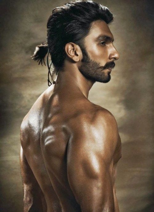 16 Hot Beards For The Ponytail Hairstyle Looks