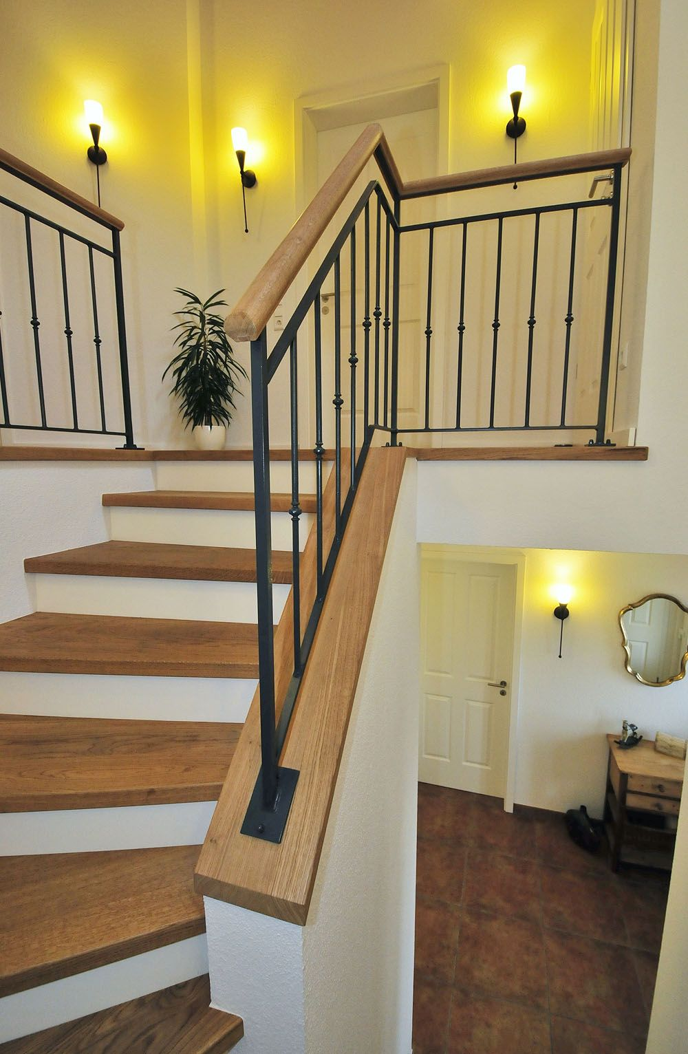 betontreppe mit holz 15 5 wohnideen pinterest betontreppe holz und treppe. Black Bedroom Furniture Sets. Home Design Ideas