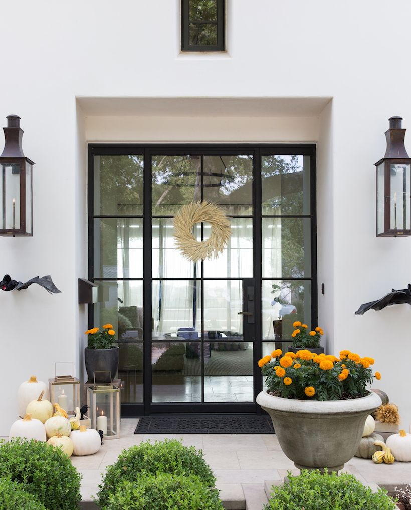 my front porch has never looked scarier no place like home rh pinterest com au