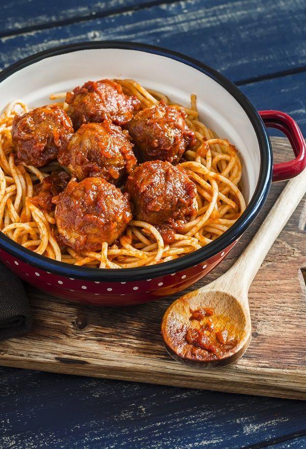Spaghettis aux boulettes de viande Des spaghetti a+#aux