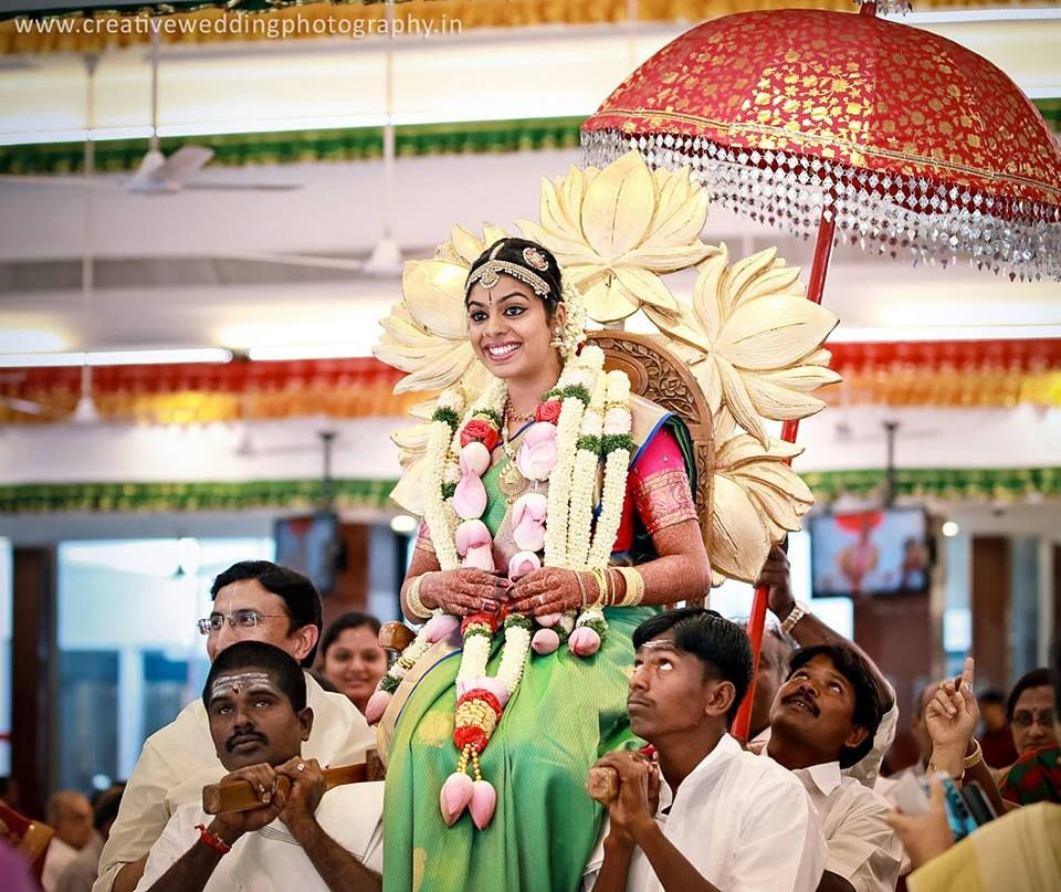indian wedding photography design%0A Fresh and colorful flower wedding garland designs for south Indian weddings   which make every bride and groom feel fresh and fragrant