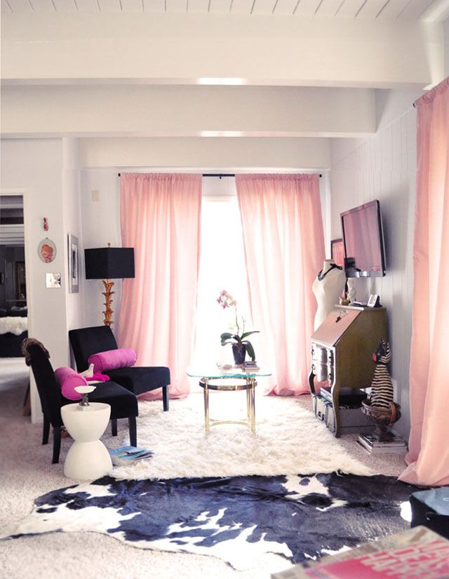 Girly Living Space black white pink