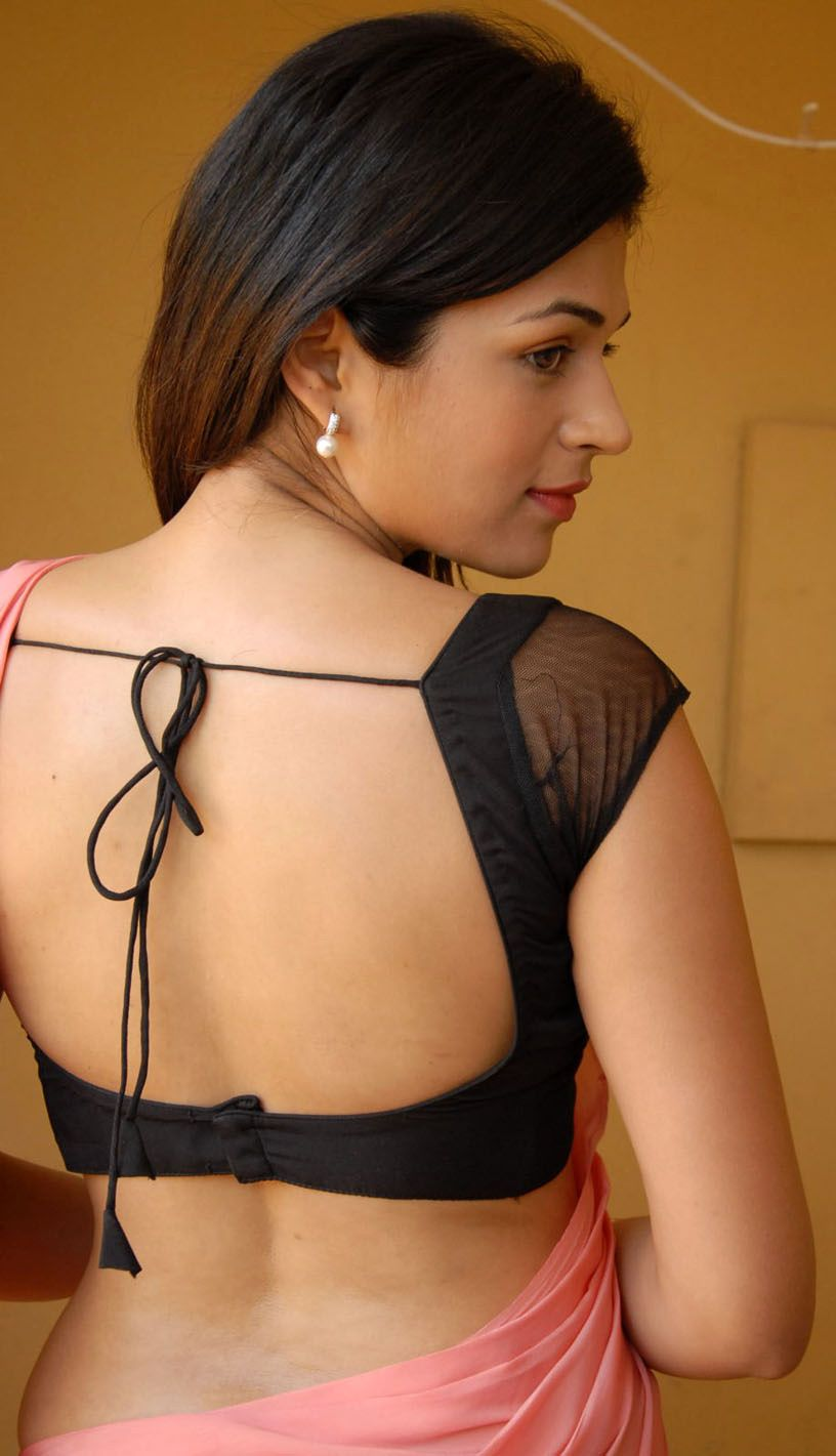 a04631979a0bac Telugu Tamil Actress Shraddha Das Pink Colour Saree and Backless Black  Blouse Spicy Photos. Actress Shraddha Das ware Plain Pink Colour Sa.