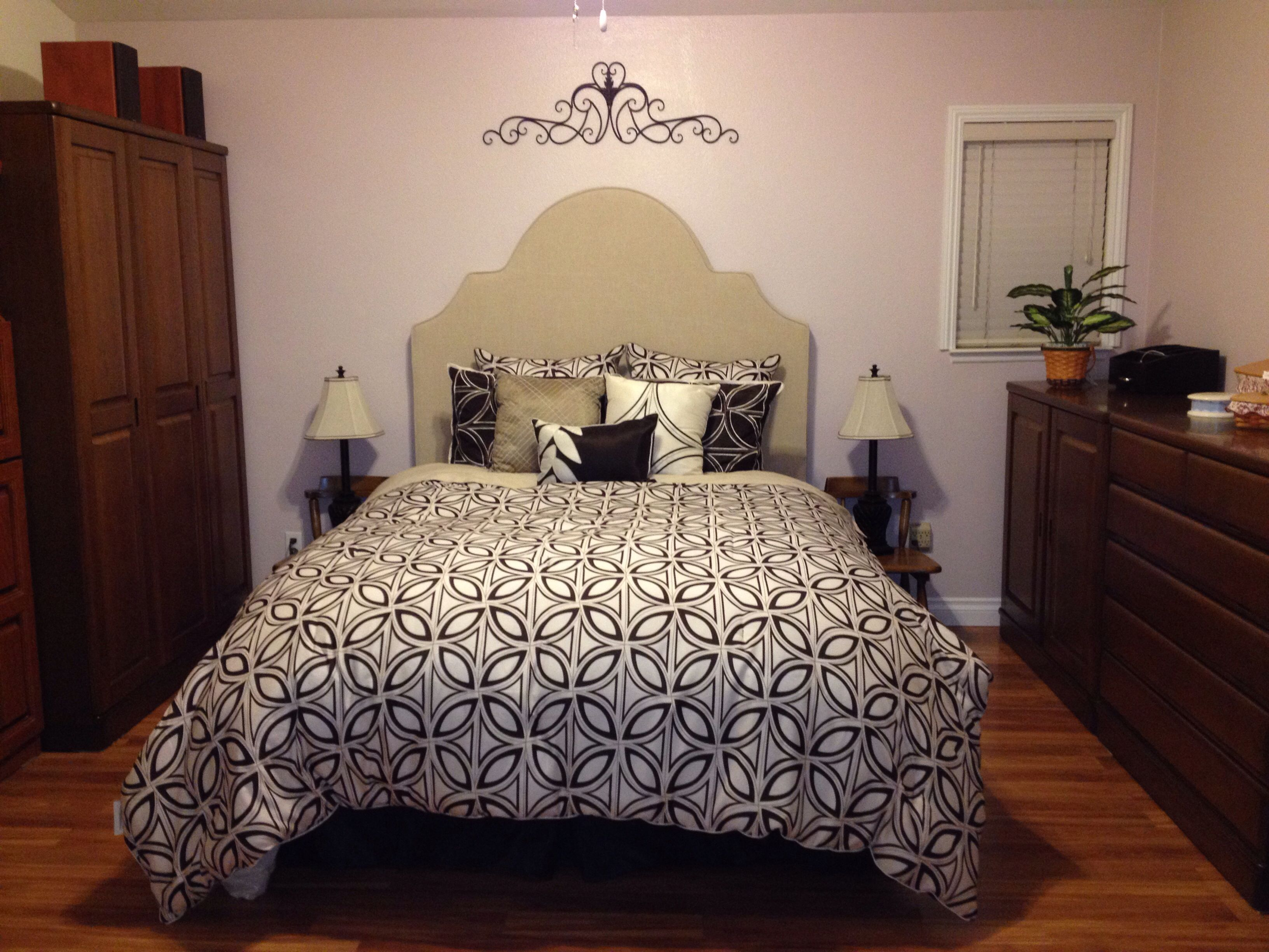 cute bedspread i saw actually cute room layout in general rh pinterest ch