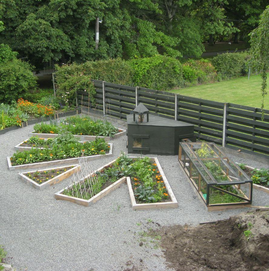 chicken tractor chicken tractors tractor and gardens