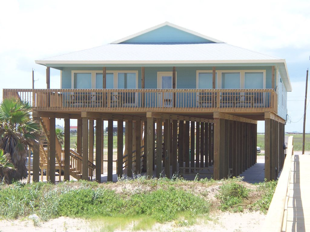 surfside beach house rental front view of pirate s booty rh pinterest com