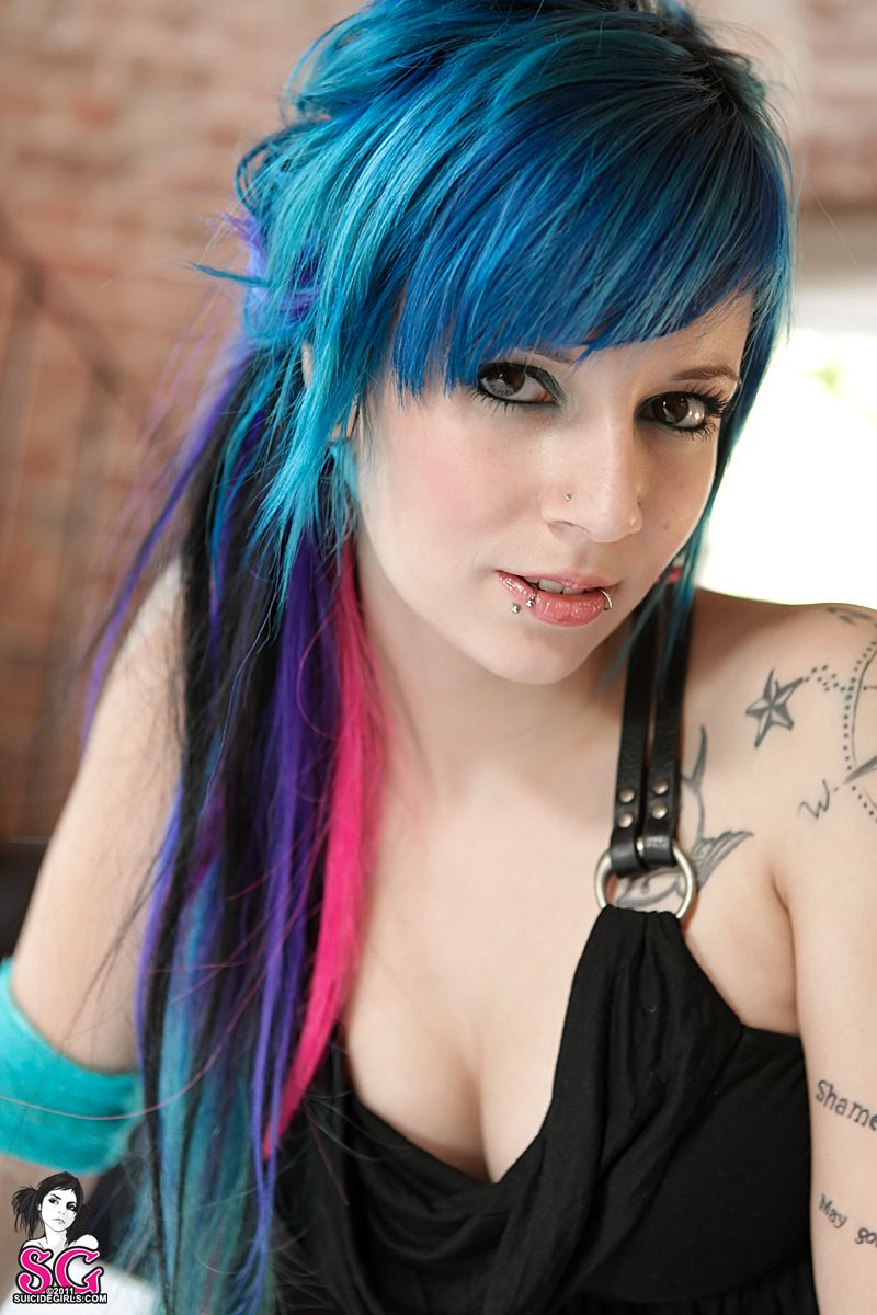 Katherine suicide hair pinterest emo girls blue hair and emo