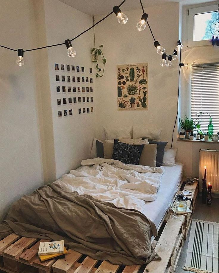 34 Small Bedroom Ideas To Make Your Home Look Bigger Small Bedroom Ideas Small Bedroom I Small Bedroom Ideas For Couples Small Bedroom Diy Apartment Decor
