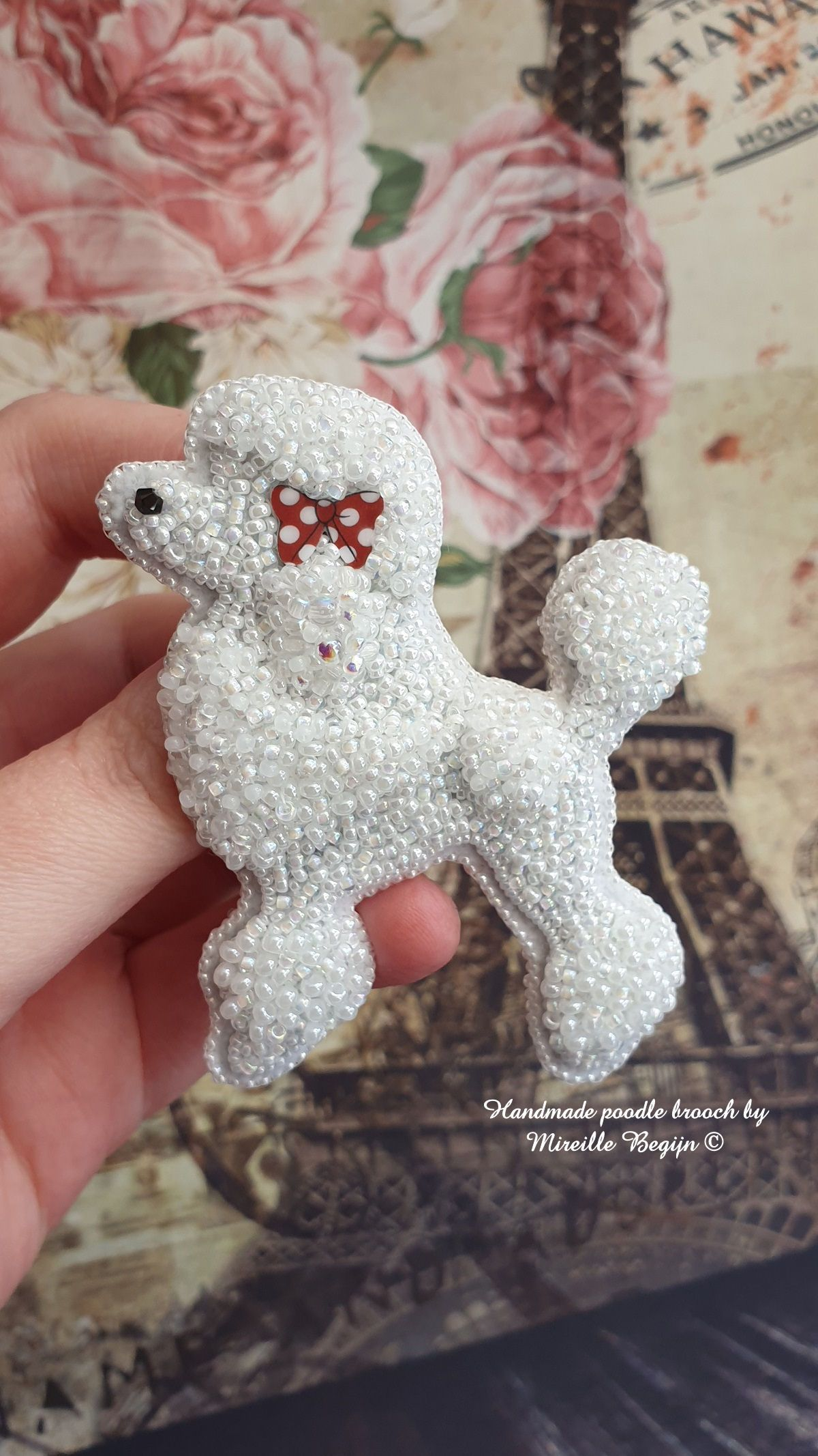 Handmade Poodle brooch by Mireille Begijn (Belgium). 🐩 #dog #poodlelove #unicorn #bearartist #berenmaakster #sewing #fairy #faries #bear #beer #artist #kunstenares #necklace #earrings #beaded #beading #embroidery #artist #kunstenares #beads #brooch #broches #pearls #Swarovski #pigg #unicorn #bearartist #berenmaakster #sewing #fairy #faries #bear #beer #artist #kunstenares #necklace #earrings #beaded #beading #embroidery #artist #kunstenares #beads #brooch #broches #pearls #Swarovski #pigg