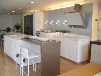 AYUDA! Diseño de cocina con barra desayunadora o isla!   Cocinas ...