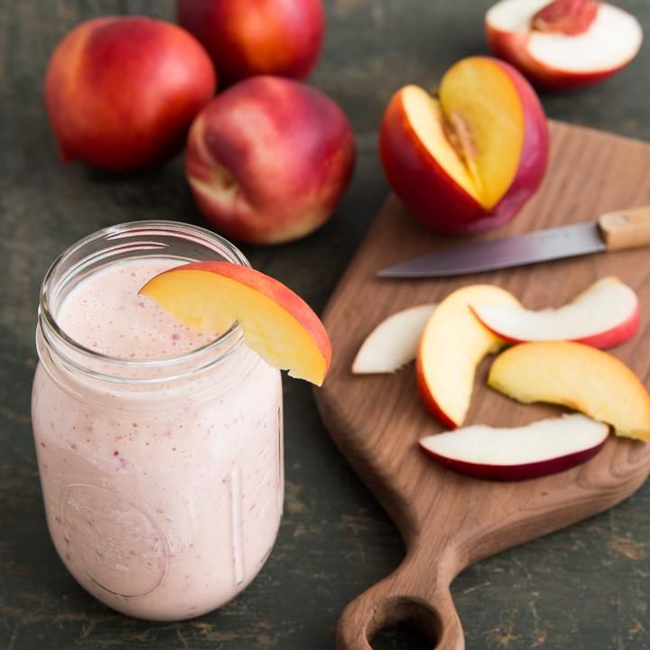 Nectarine Smoothie. Use fresh Chilean fruit in your recipes! #fruitsfromchile