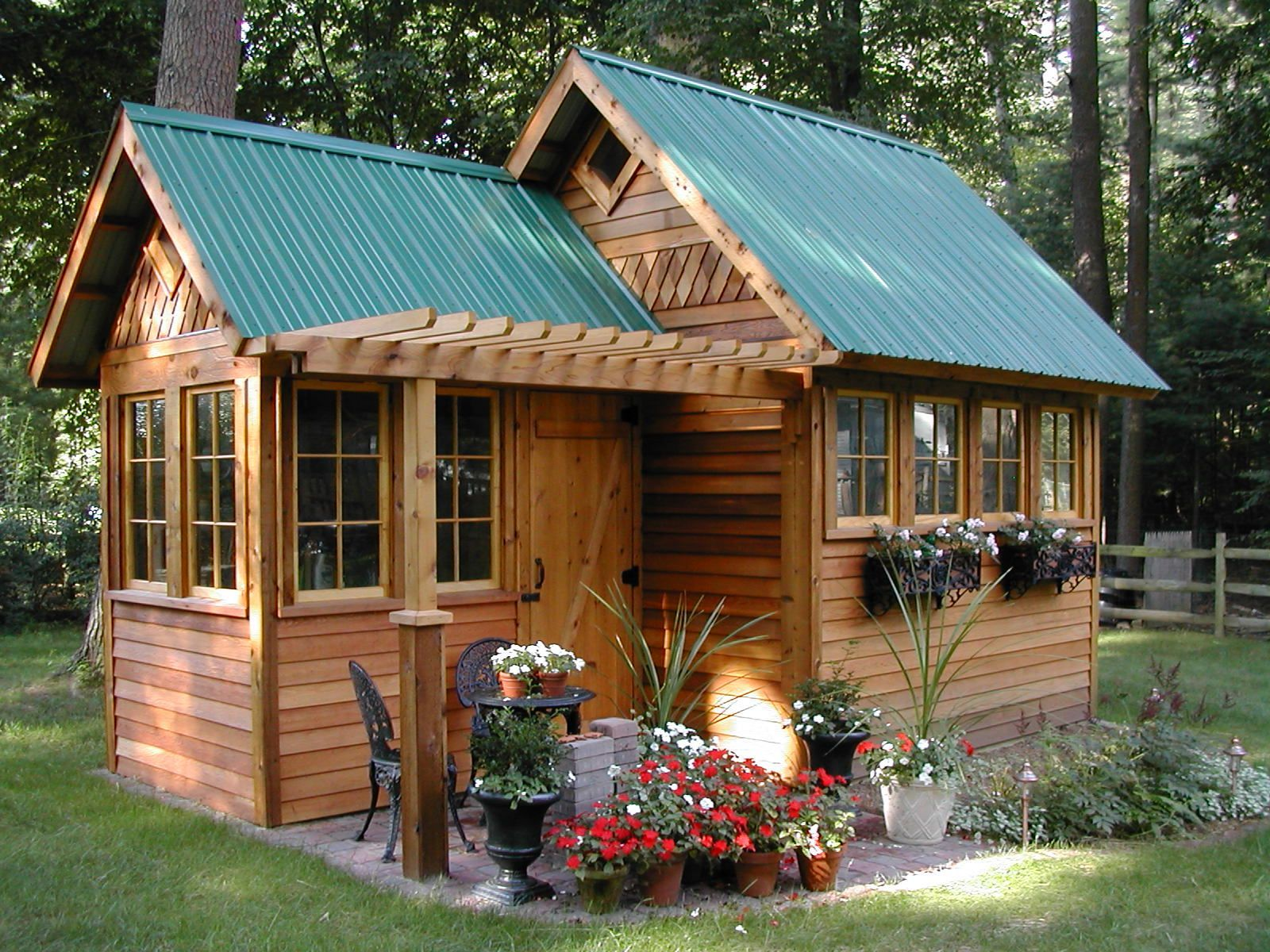 Pretty Garden Shed Idea In The Middle