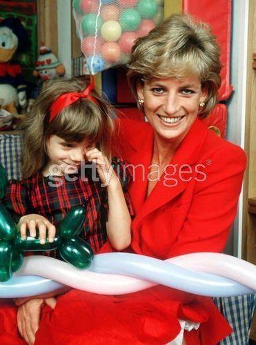 Diana Visit - princess-diana Photo