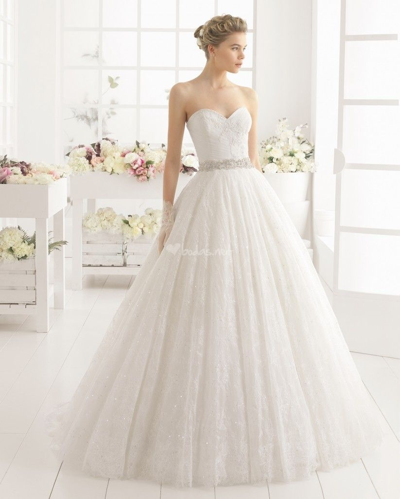 100 vestidos de novia de corte princesa para tu boda | Wedding dress ...