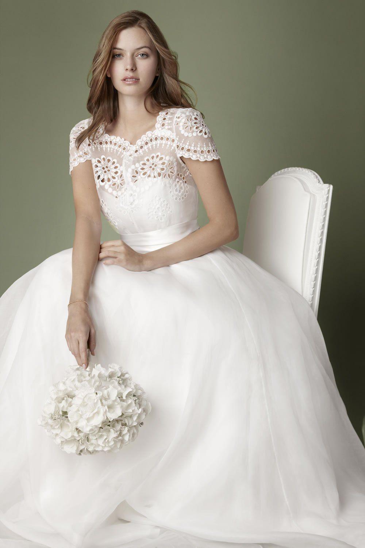 Unique Vintage Wedding Dress - Ocodea.com