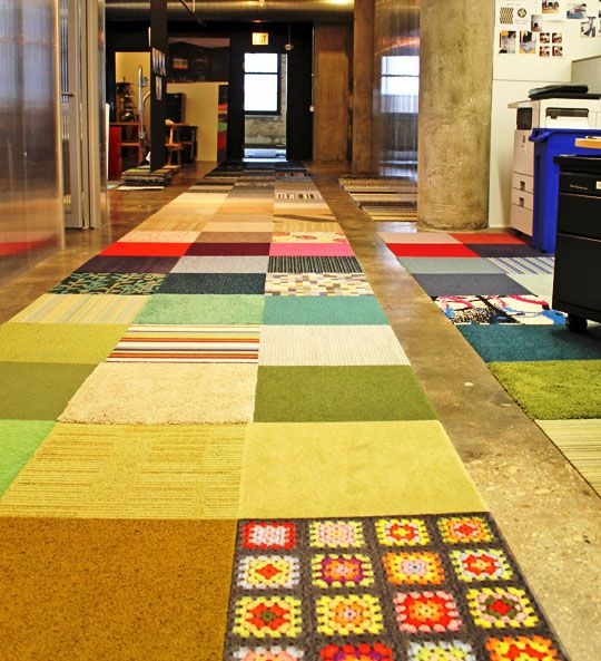 A Look Inside Flor S Chicago Offices Carpet Tiles Carpet Design Cheap Carpet Runners