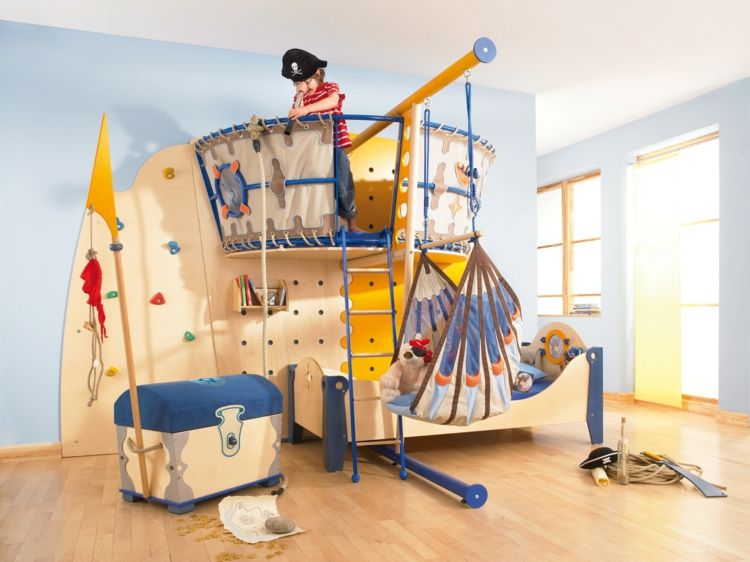 kinderzimmer m bel ideen schiff bett pirate room. Black Bedroom Furniture Sets. Home Design Ideas