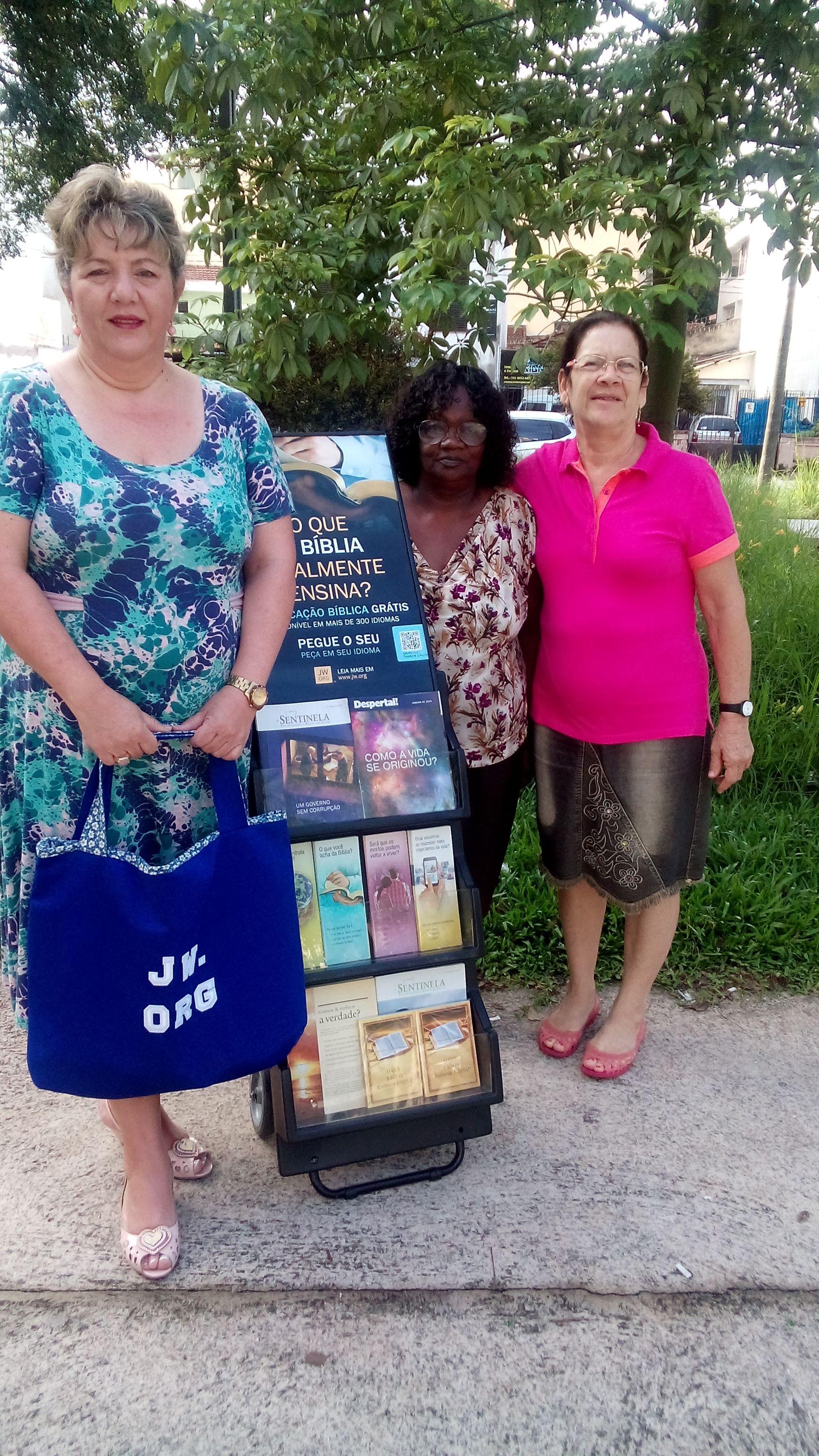Sisters in field service - Santo Andre, Sp - Brasil