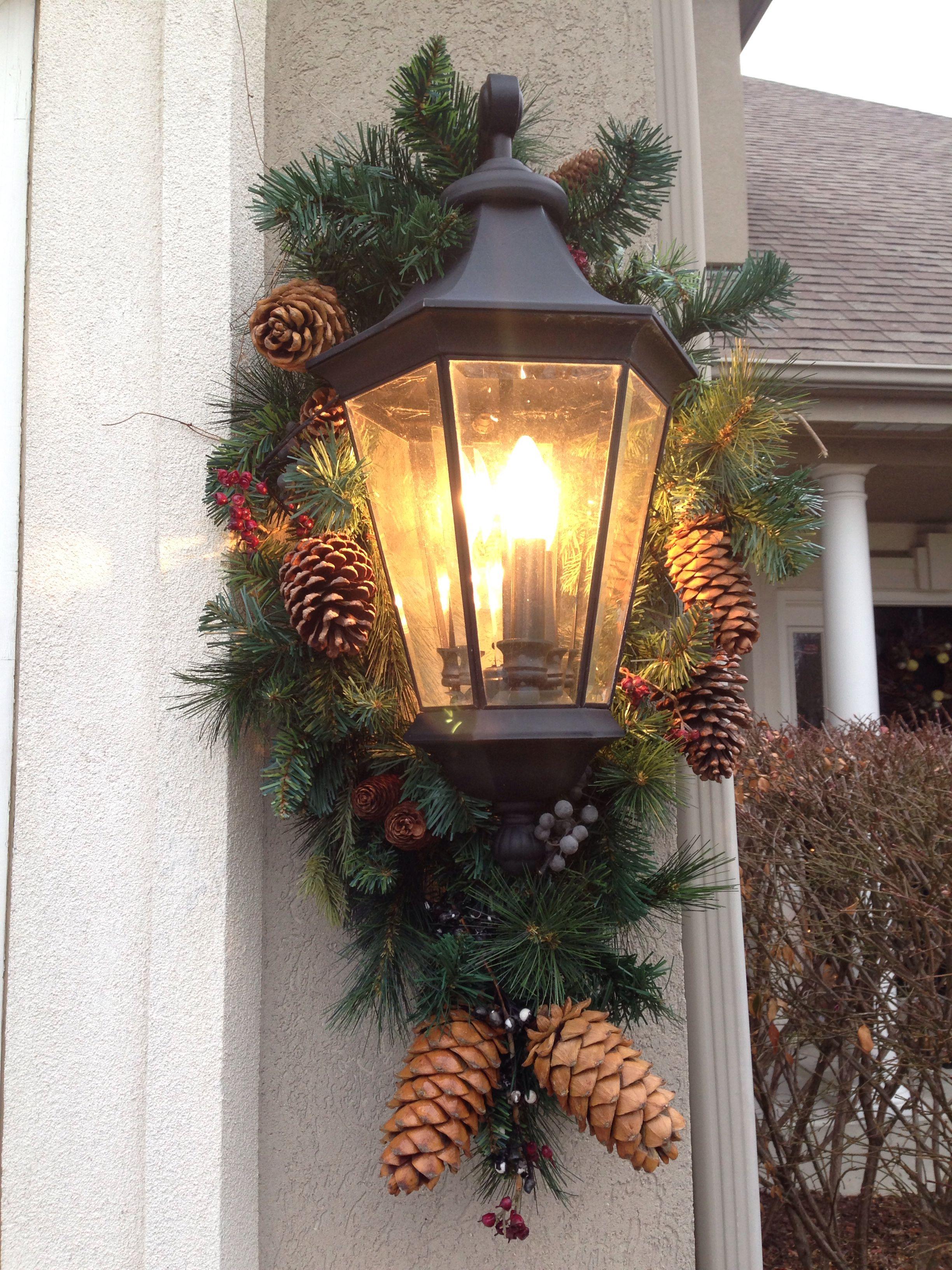 Christmas Coach Light Decorations Outdoor Christmas Decorations Christmas Decorations Dollar Store Christmas