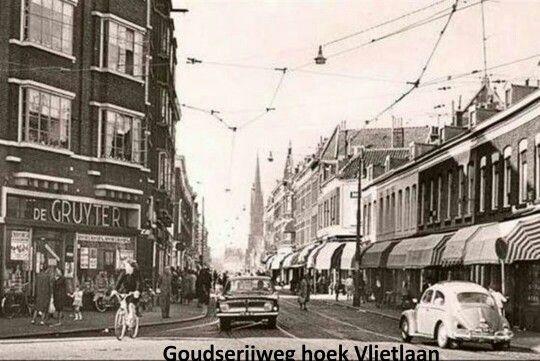 """Rotterdam Kralingen Crooswijk..Goudserijweg hoek Vlietlaan...Leuk om te zien hoe het """"toen"""" was....L.Loe"""
