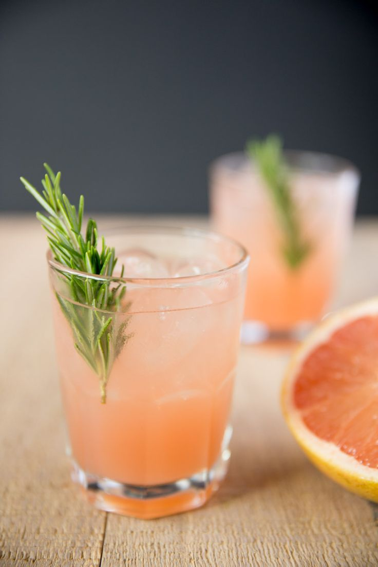 Rosemary Greyhound Cocktail Vodka And Grapefruit Juice With A Rosemary Infused Simple Syrup Cocktail Hour Greyhound Cocktail Refreshing Cocktails Vodka