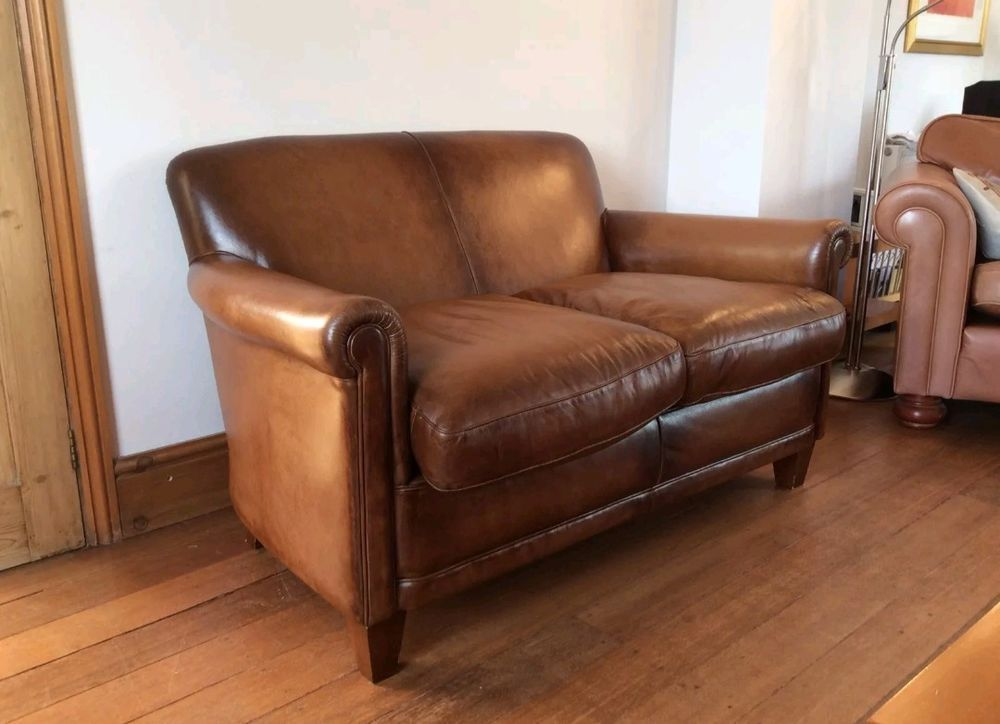 This Is A Laura Ashley Burlington Small 2 Seater Sofa In Distressed Leather See Link Below For Dimensions The Sofa Is In Exce 2 Seater Sofa Sofa Decor Seater