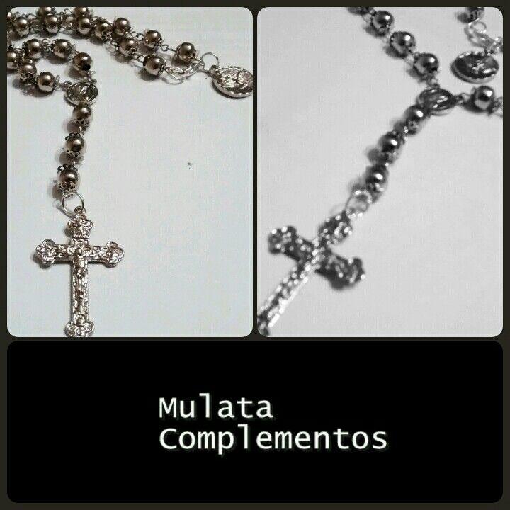 Rosario plateado de acero, un básico para cualquier outfit! #muymulata #mulateatuslooks!