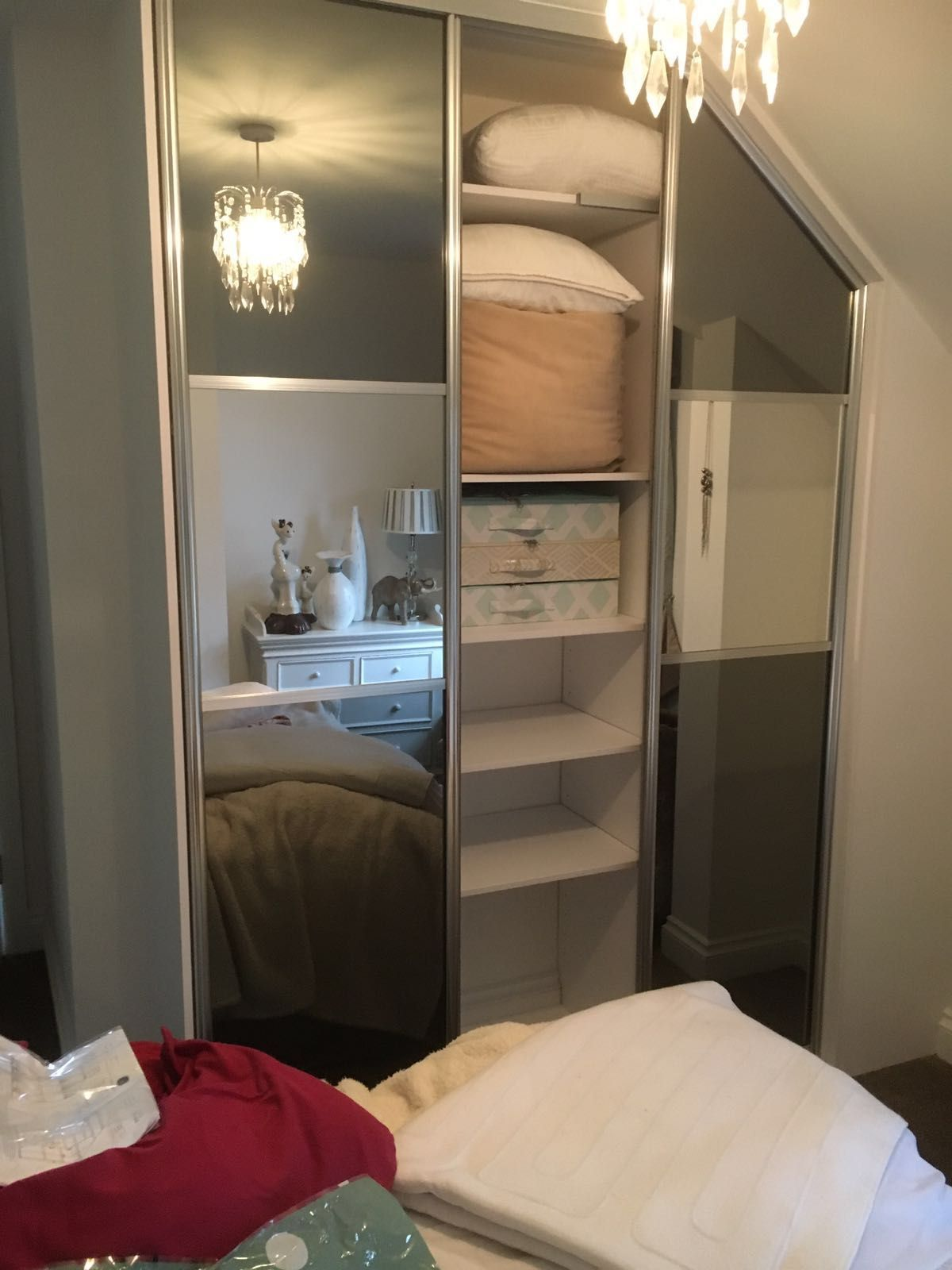 Room Grey mirrored sliding wardrobe with hanging