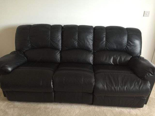 Recliner Leather Sofas 3 Seater And 2 Seater On Gumtree Black