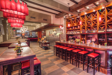 Vinoteca Restaurant & Wine Bar Raises the Bar of the