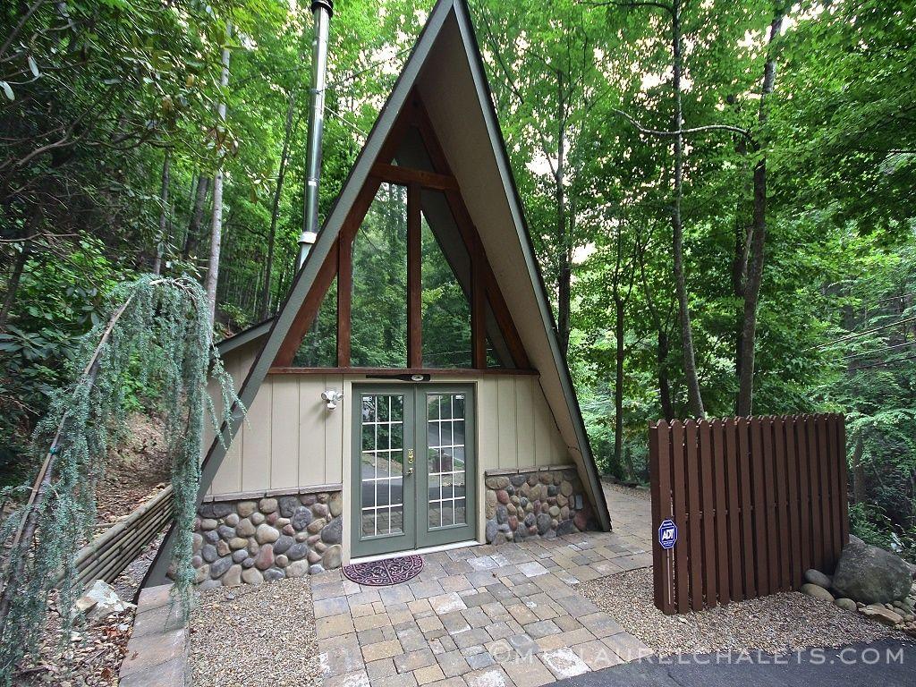 in story ha tn resort luxury bedroom cabin gatlinburg falls property cabins