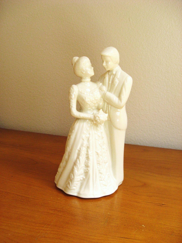 Vintage Lenox Wedding Promises Porcelain Bride and Groom Figurine ...