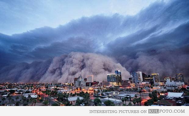 Sandstorm In Phoenix Arizona Interesting Picture Of A Big