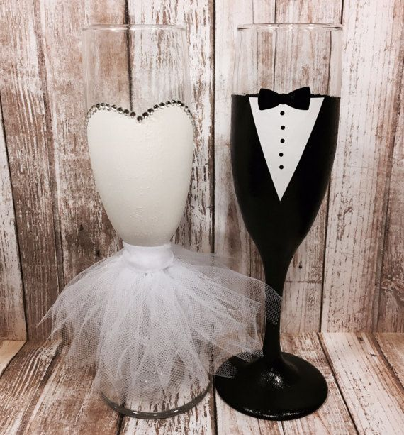wedding bridal dress champagne flute bride wine glass shower rh pinterest com