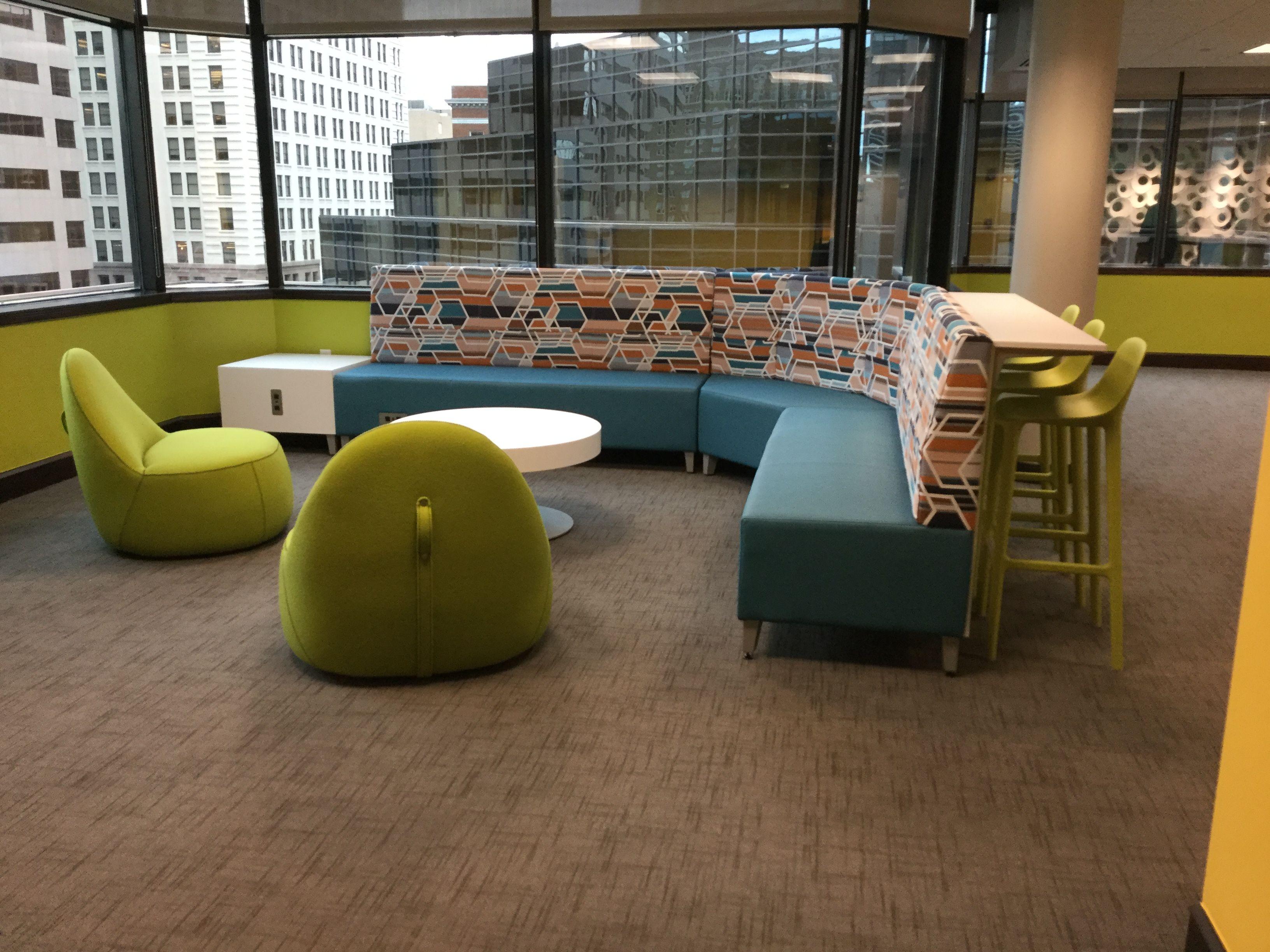 umb bank headquarters kansas city mo fringe lounge seating and rh pinterest com