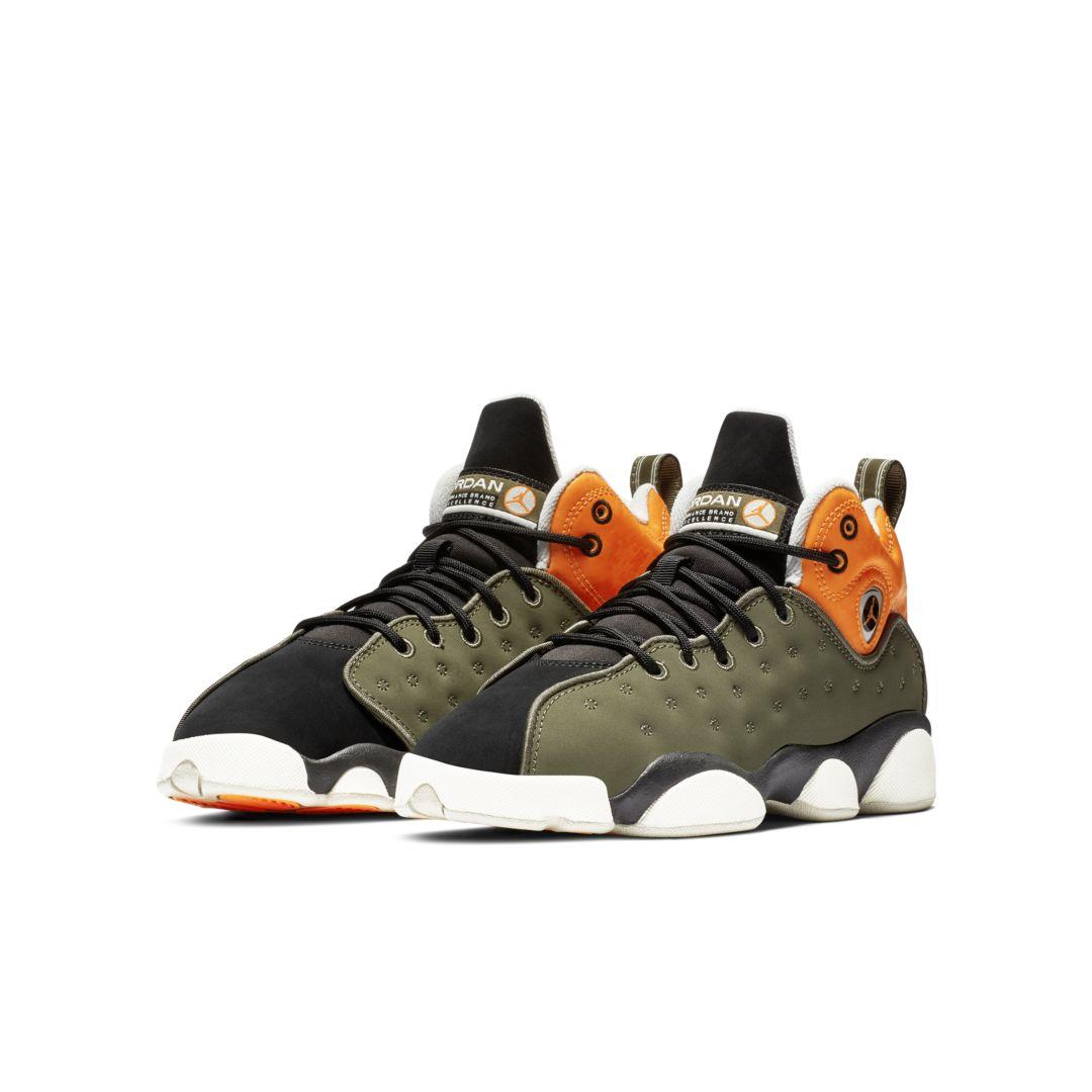 best website e9d17 2db64 Jordan Jumpman Team II (3.5y-7y) Big Kids' Shoe Size 6.5Y (Twilight Marsh)