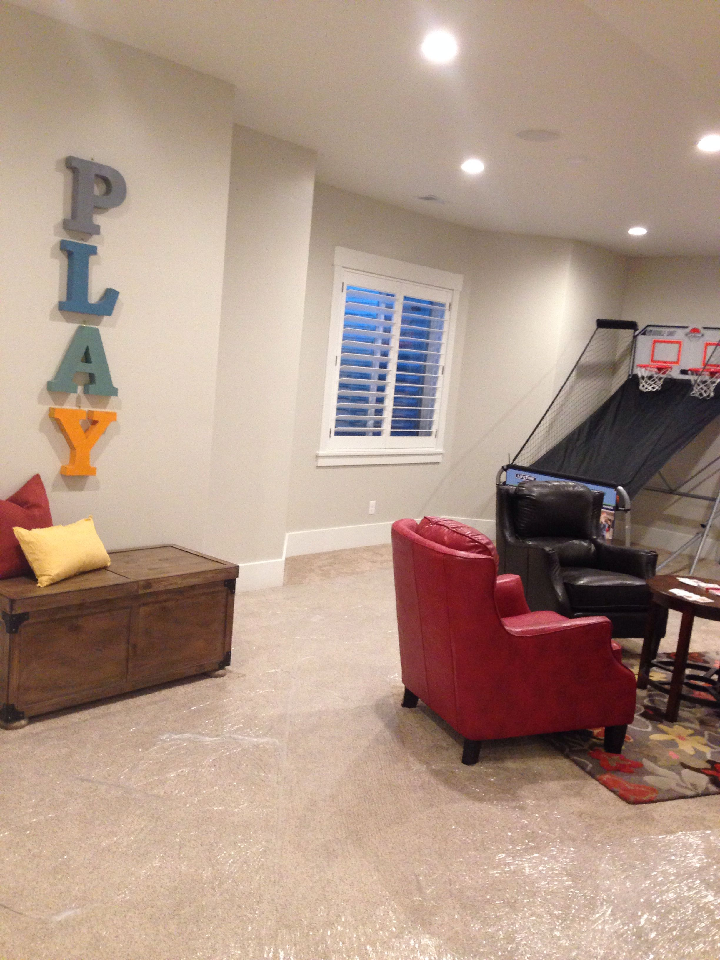 sherwin williams agreeable gray this was in the parade of homes rh pinterest com