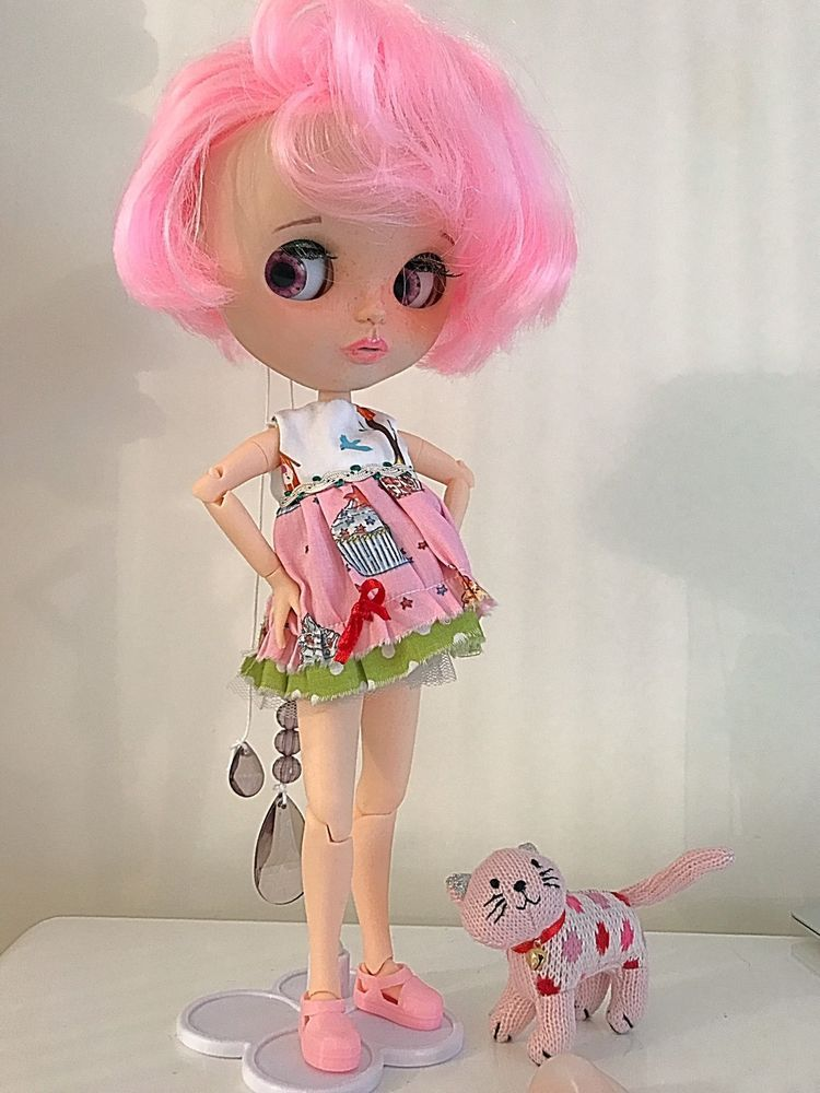"OOAK ""Cup Cake"" Blythe Doll With Tiny Teeth"