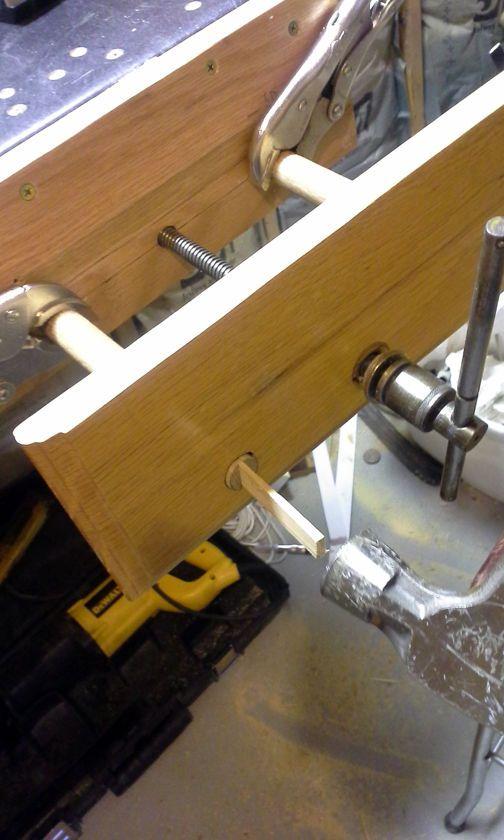 Workbench Vise From Reclaimed Scissor Jack Workbench Vice Workbench Workbench Vise