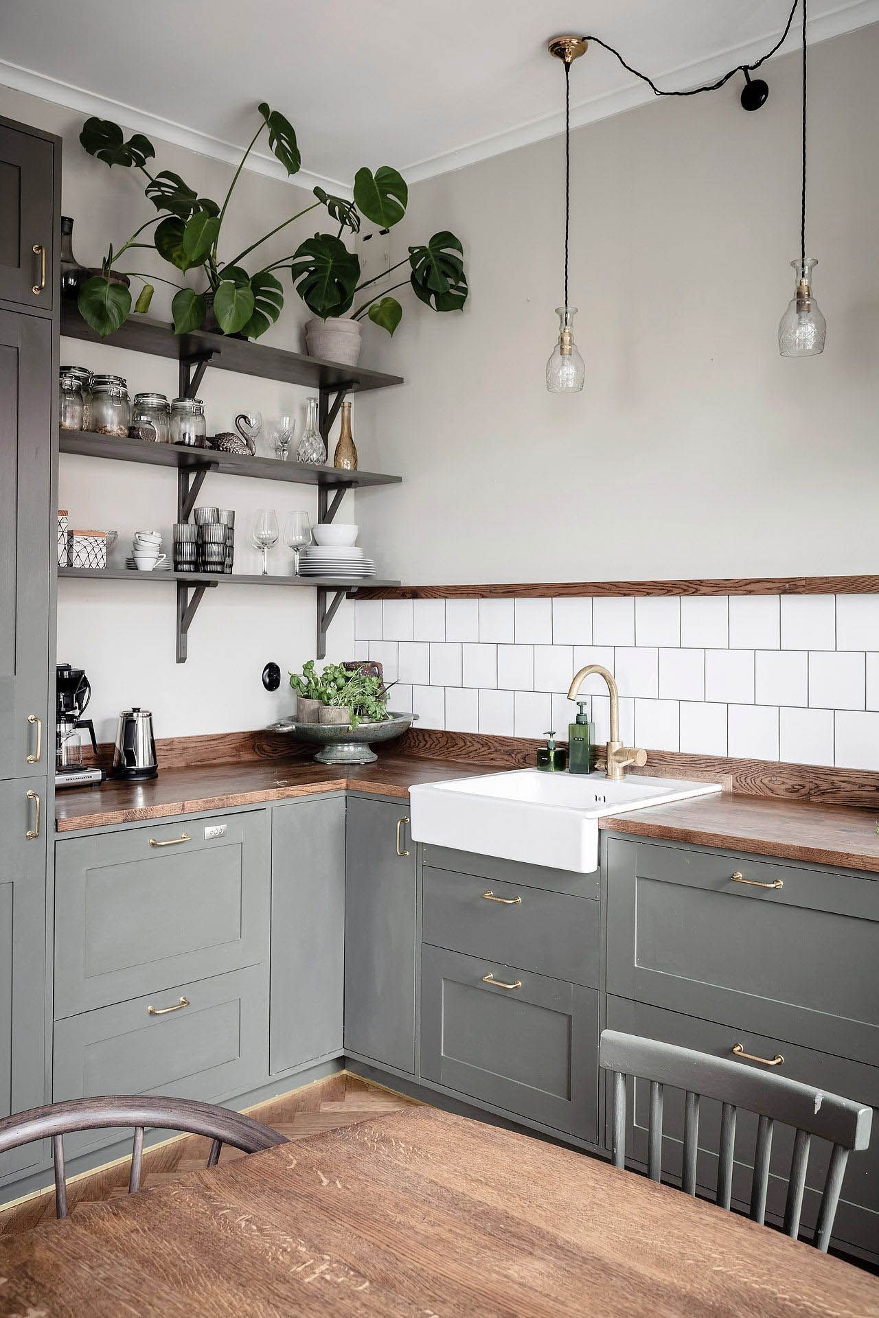 amazing open metal kitchen wall shelves for 2019 open kitchen rh pinterest com