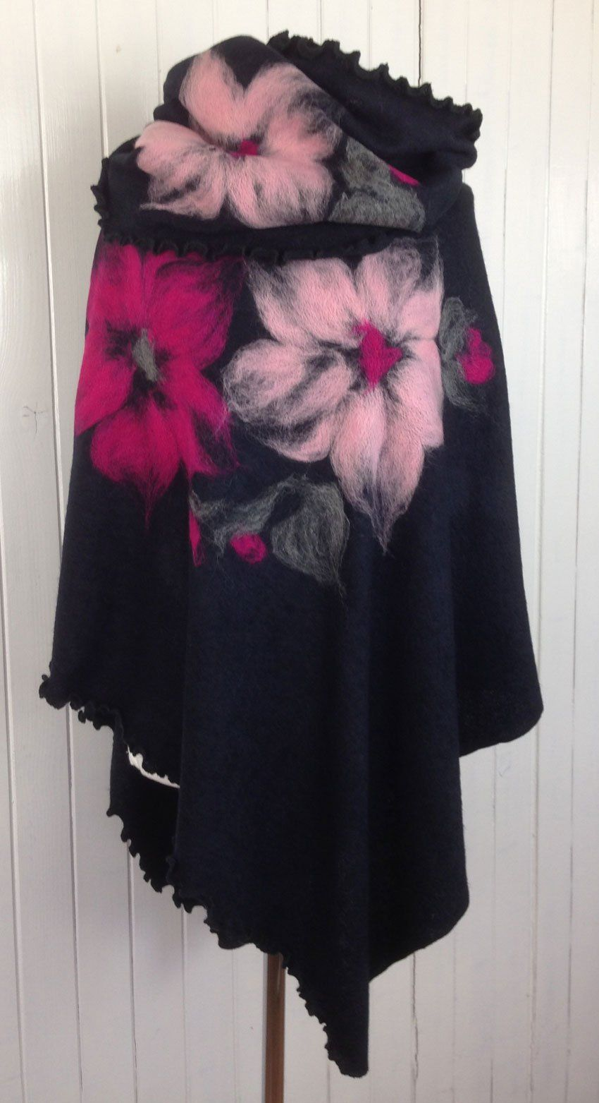 Ponchos Pattern Felted Wool Knit Felt Handmade Model 367 Kece Igneleme Polar Tig Isleri